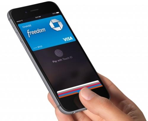 Klicken Sie auf die Grafik für eine größere Ansicht  Name:apple-pay-iphone-kreditkarte.jpg Hits:16 Größe:76,9 KB ID:938