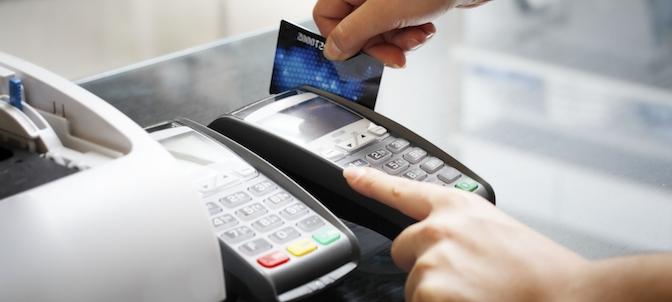 Klicken Sie auf die Grafik für eine größere Ansicht  Name:kreditkartengebühren-2015.jpg Hits:1 Größe:50,6 KB ID:979